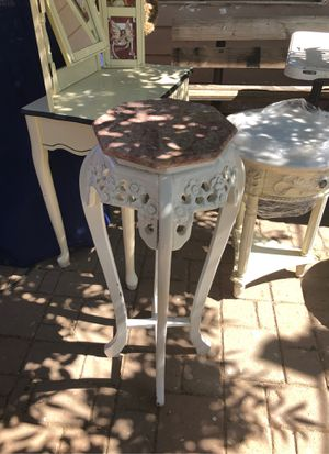 Antique vase table for Sale in Tolleson, AZ