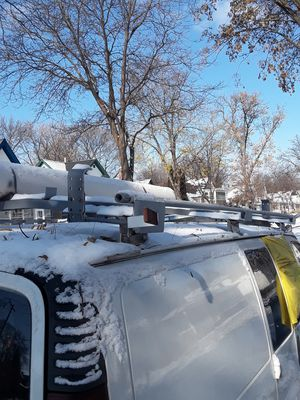 Automatic Ladder Racks (No hassle with bungee cords) for Sale in North Saint Paul, MN