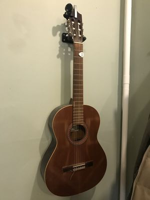 Córdoba guitar for Sale in Jersey City, NJ