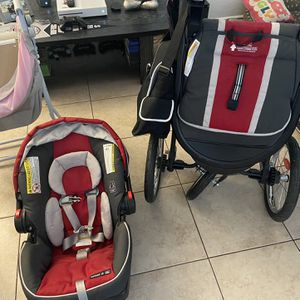 Stroller/Car Seat for Sale in Sunrise Manor, NV