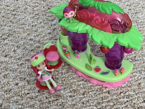 Strawberry Shortcake Dolls and Sets for Sale in Heathrow, FL