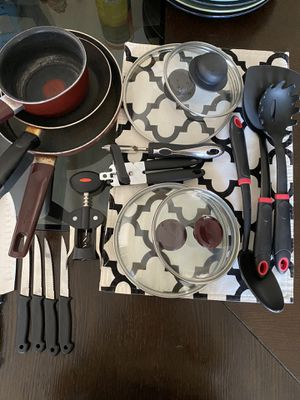 Cooking set + for Sale in Oceanside, CA