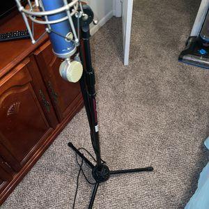Bluebird Mic + M-Audio Interface + Studio Monitors for Sale in Fayetteville, NC