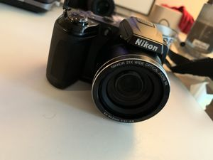 Nikon Digital Camera with case and strap for Sale in Los Angeles, CA
