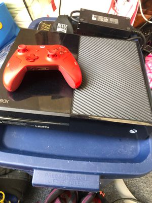 Xbox one all wires and red controller for Sale in Prospect, CT