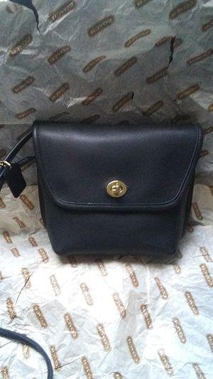 Coach shoulder bag purse for Sale in San Pablo, CA