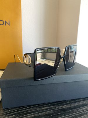 Authentic Christian Dior montage gold black for Sale in Los Angeles, CA