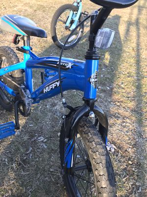 "Huffy Bicycle Company Kids Bike, 14"" Gloss Blue for Sale in Winchester, MA"
