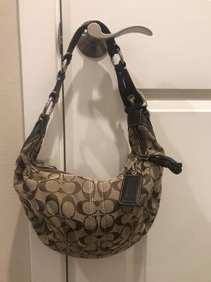 Coach hobo purse w/ dusty bag for Sale in Redmond, WA