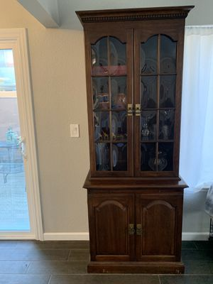 Antique Beveled Glass Cabinet for Sale in Artesia, CA
