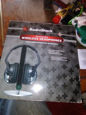 Rechargeable wireless headphones new for Sale in McKeesport, PA