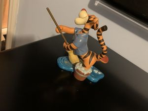 Disney Pooh & Friends Retired Tigger Figurine A Bounce A Day Sweeps The Care for Sale in Clinton Township, MI