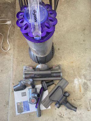 Dyson vacuum for Sale in Troy, MI
