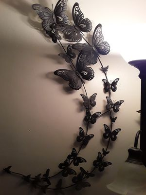 Guiana de mariposa $20 for Sale in Los Angeles, CA
