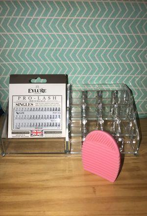 Makeup bundle/makeup storage for Sale in Silver Spring, MD