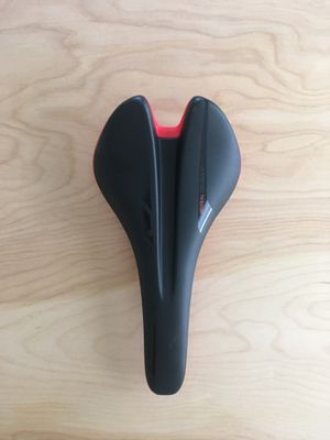 Giant Contact Neutral Bike Saddle for Sale in Los Angeles, CA