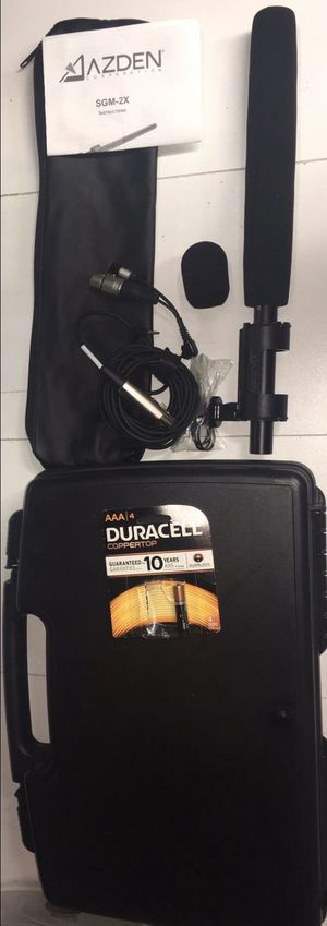Azden Professional VideoMic SGM-2X Shutgun Mic Kit with IPhone and DSLR to XLR Adapter Cables microphone for Sale in West Covina, CA