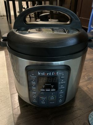Instant pot duo SV 6Qt for Sale in San Diego, CA