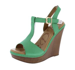 Cute green wedges.... size 7 for Sale in Tuscaloosa, AL
