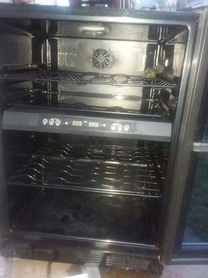 magic chef wine fridge for Sale in Ferndale, WA