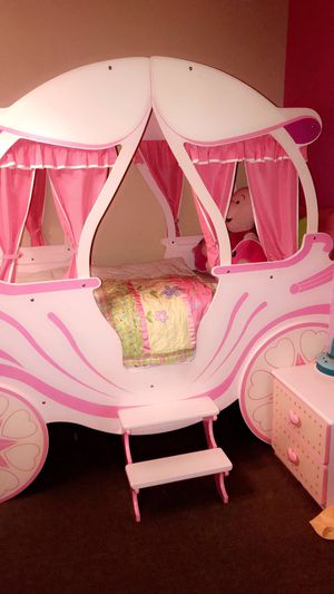 Princess twin bed for Sale in Detroit, MI