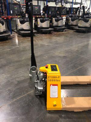 Forklift (Full electric pallet jack) for Sale in Clifton, NJ