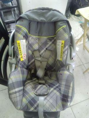 Baby Trend Newbie/Infant Car Seat for Sale in Orlando, FL
