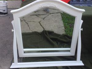Swivel dresser mirror for Sale in Stockton, CA