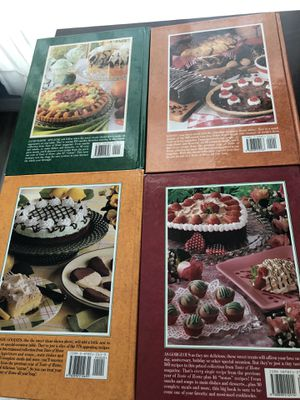 Taste of home annual cookbook 1998-2001 for Sale in Kissimmee, FL
