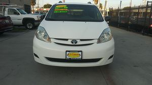 2006 Toyota Sienna Minivan 🔥 for Sale in Hawthorne, CA