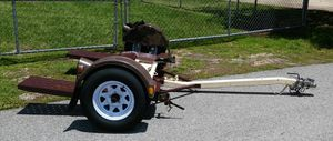 LIKE NEW DEMCO TOW DOLLY for Sale in Lakeland, FL