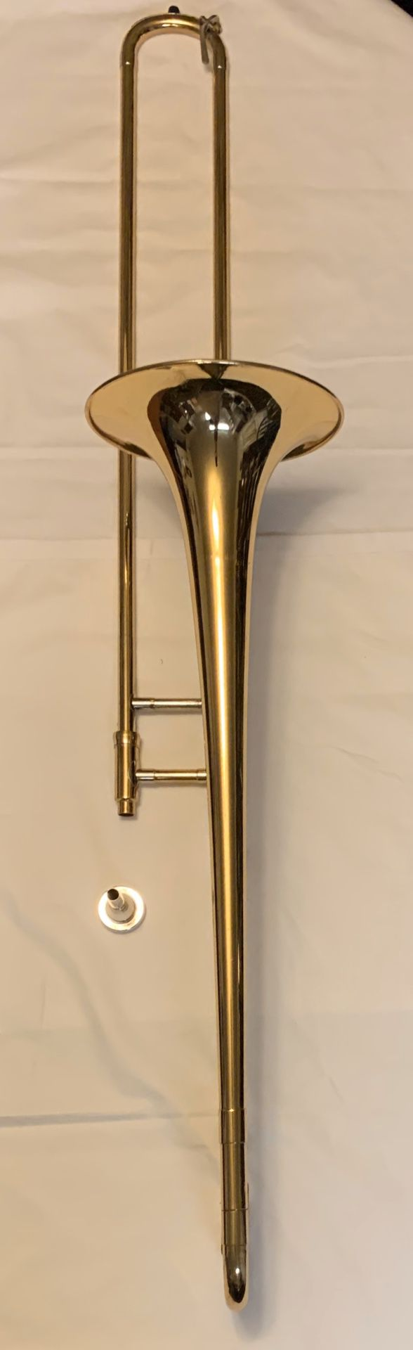 $297 OBO Ready to Play Holton TR602R Trombone Ser#024045 W/ original case and mouthpiece
