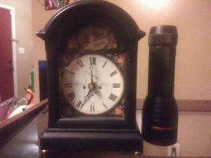 Blakeborongh Stley mantle clock for Sale in Ethelsville, AL