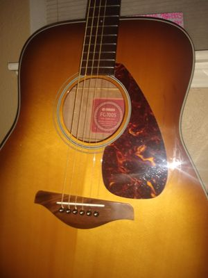 Beautiful burst FG700S Yamaha acoustic guitar* for Sale in Spring, TX