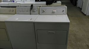 Kenmore white washer and dryer set for Sale in Cleveland, OH