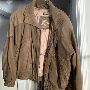 Wilson Adventure Bound Leather Jacket for Sale in Oklahoma City, OK
