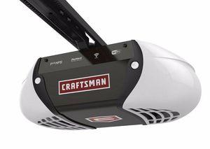 Craftsman 1.25 HP Garage Door Opener Smart for Sale in Lynnwood, WA