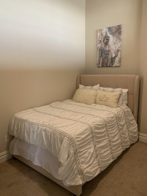 Full sized bed for Sale in Buffalo, NY