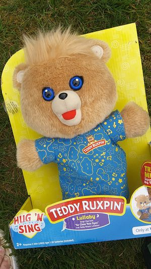 Teddy ruxpin hug and sing for Sale in Everett, WA