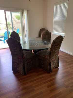 Dining room table for Sale in Claremont, CA