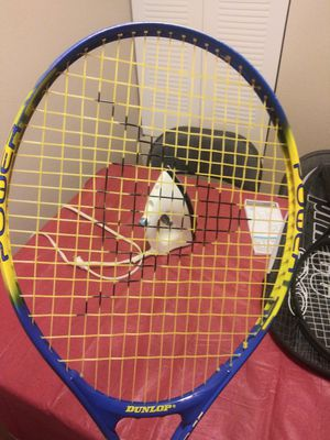 Dunlop power 25 tennis racket for Sale in Englewood, CO