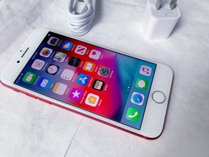 """iPhone 7 ,,Factory UNLOCKED Excellent CONDITION """"as like nEW"""" for Sale in Springfield, VA"""