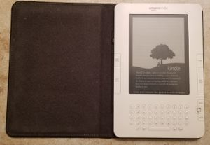 Amazon Kindle with Leather case for Sale in El Cajon, CA