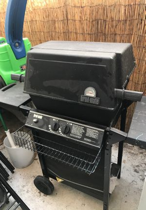 Propane grill for Sale in Los Angeles, CA