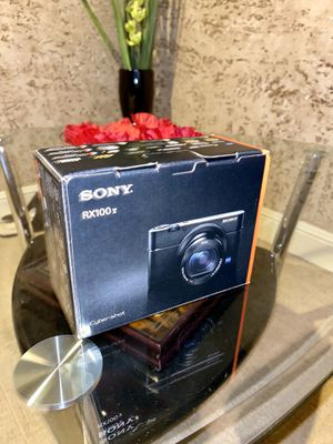 Sony RX100 V for Sale in Vancouver, WA