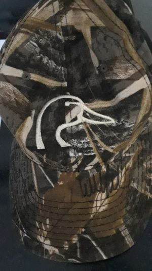 DUCK DYNASTY WILLIE ROBERTSON AUTOGRAPHED DUCK DYNASTY CAP for Sale in Clovis, CA