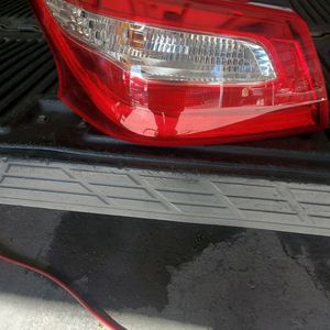 2016 Or 17 Nissan Altima Tail Light Driver's Side for Sale in Fresno, CA