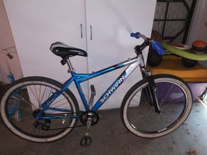 Schwinn mountain bike has no brakes and the back shifter need go ASAP the lowest ill take is 50 for Sale in Stockton, CA