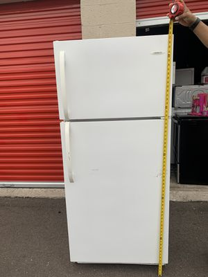 Refrigerator good condition for Sale in Tempe, AZ