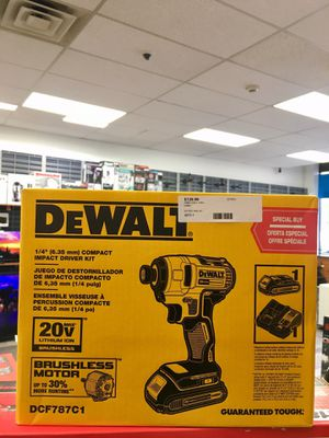 DeWALT DCF787C1 20V Lithium Ion brushless motor Drill Kit compact impact driver for Sale in Lynn, MA